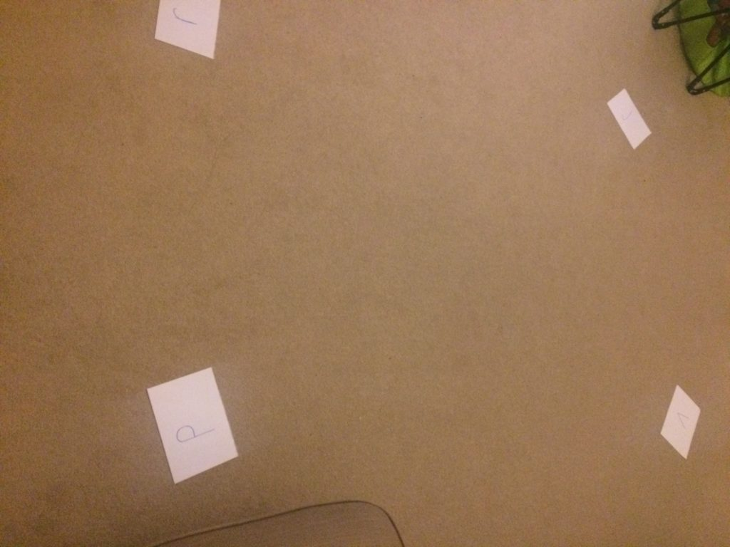 4 corners phonics game